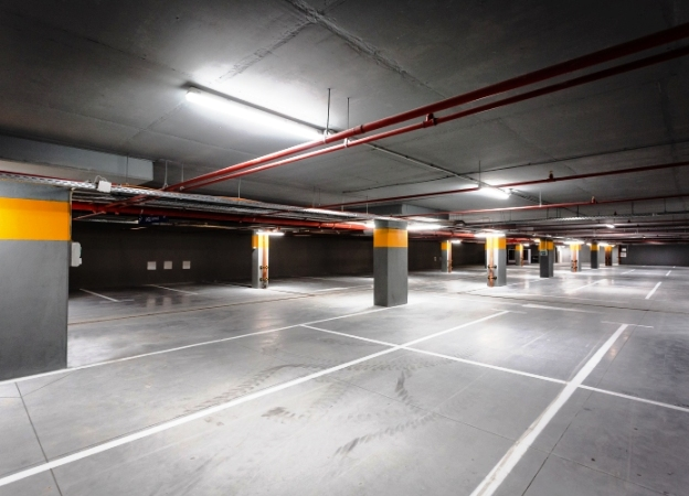i-TRIFONOV2019-0675_624x450_parking